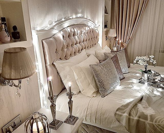 Good night intas  İyi akşamlarrr instagram ailesi✌️Bu arada payetli kırlentler @pembis_evimmm den  #charminghomes #shabychic #maisonfrancaise #bestoftheday #interior9508 #hmhometurkey #inspirehomedeco #decor #dekorasyononerisi #evinizdenkareler #nordiskehjem #fashionaddict #ruyaevlerr #dekorasyonzevkim #inspirehomedeco #the_real_houses_of_ig #hem_inspiration #interiør444 #bedroom #evimdergisi #interior123 #interiør #finehjem #homesweathome #bedroomdesign #decorations #instagood #likeforl