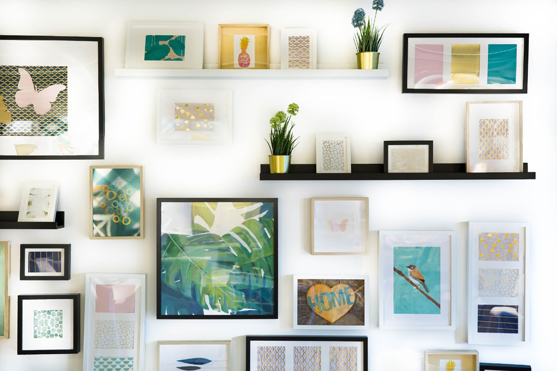20 Easy Diy Home Projects To Spruce Up Your Space Hall Of Frames In 2020 Diy Wall Art Eclectic Gallery Wall Inspirational Wall Decor