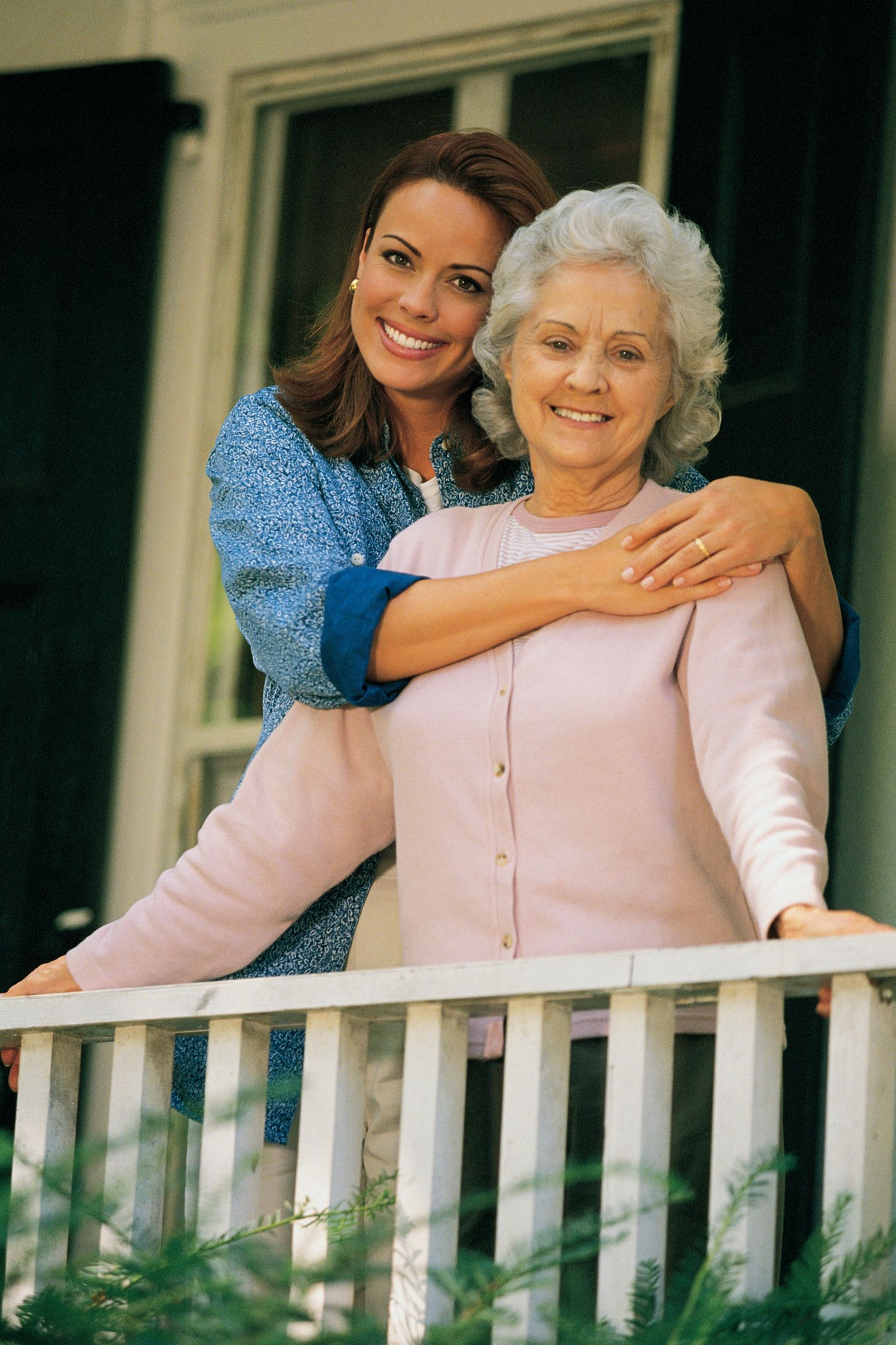 Manoa Senior Care Dedicated In Providing High Quality Senior Home Care In Honolulu Hawaii That Helps Lead A Healthy Lifesty Elderly Care Home Care Senior Care