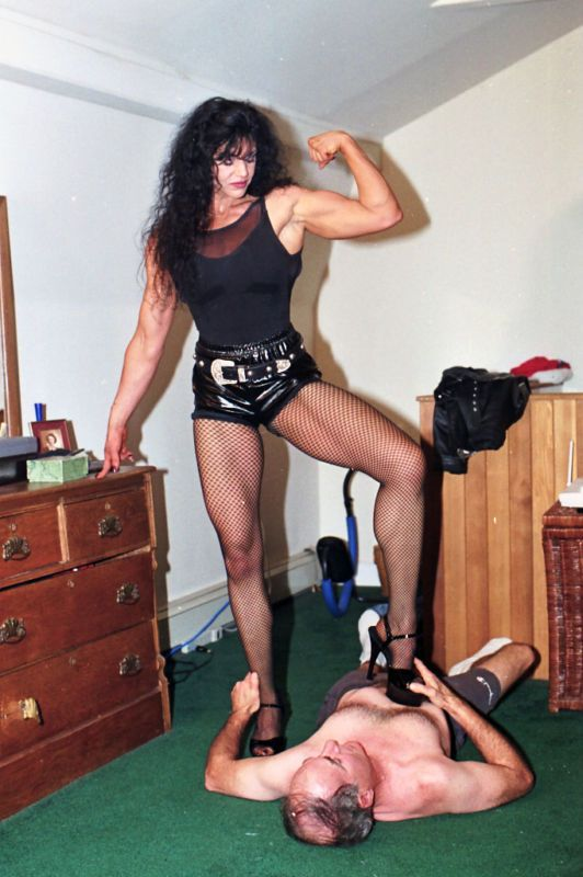 Pin By Jim On Muscle  Powerful Women, Muscular Women, Mixed Wrestling-8842