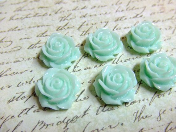 Light Mint Green Flower Cabochons
