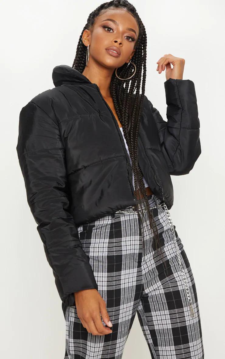 Black Puffer Cropped Jacket Crop Jacket Puffer Jacket Outfit Black Puffer Jacket [ 1180 x 740 Pixel ]