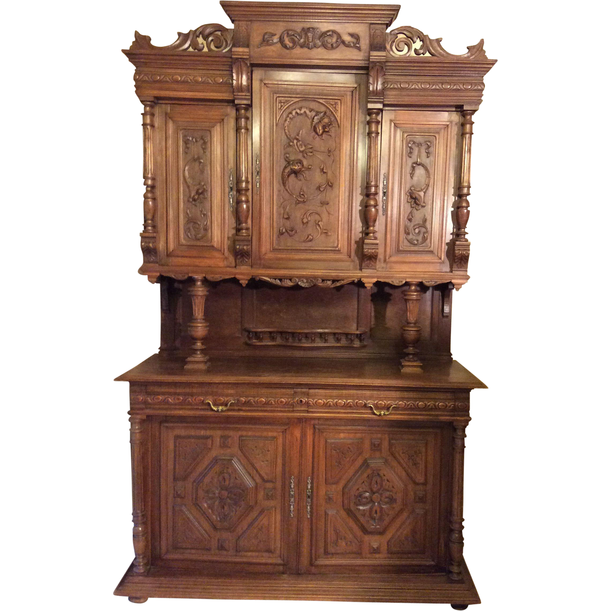 Muebles Restaurados Vintage French Henri Ii Style Hutch With Intricate Carvings