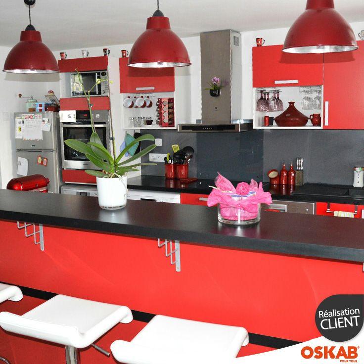 Alexandre P a choisi Oskab ! Découvrez sa cuisine americaine rouge - agencement de cuisine ouverte