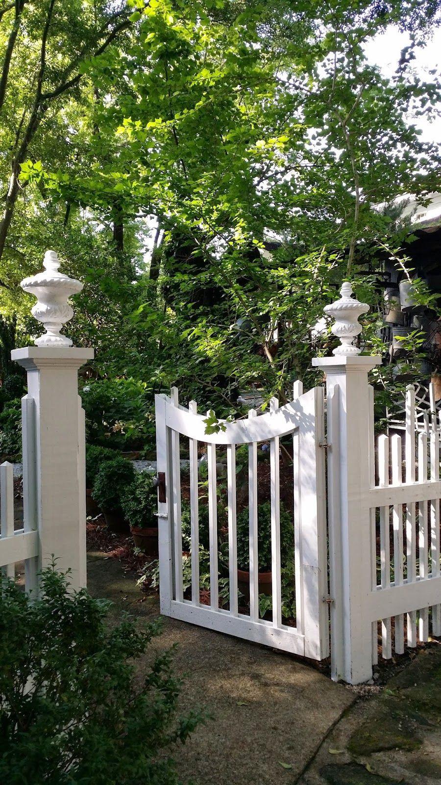 50 Modern Front Yard Designs And Ideas: Garden Gates, Fencing, Garden Entrance, Garden Gates