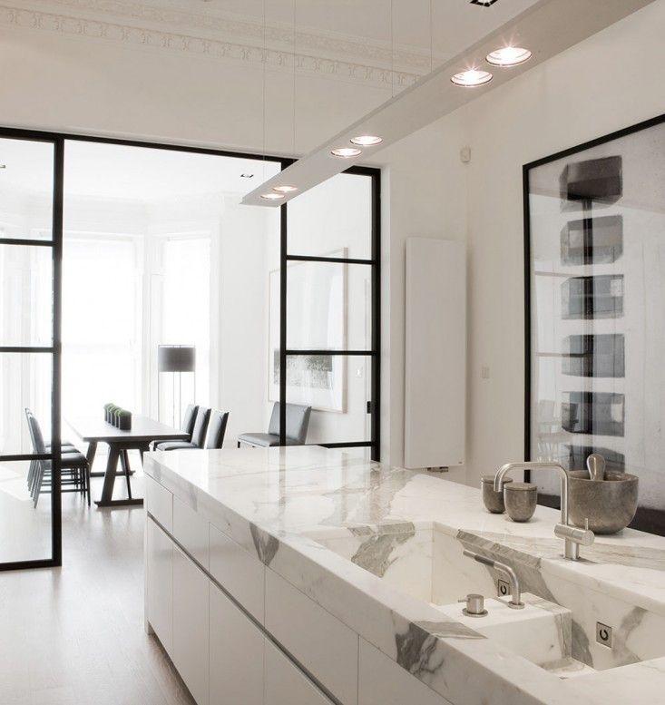 Luxury Farmhouse Interior Design: Trend Alert: 14 Integrated Marble Kitchen Sinks