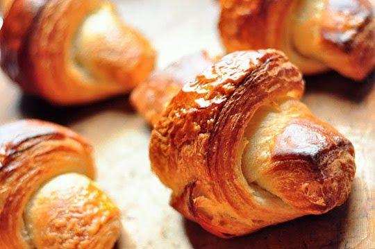 طريقة عمل عجينة الكرواسون كالمحترفات Homemade Croissants Tartine Bread Recipes