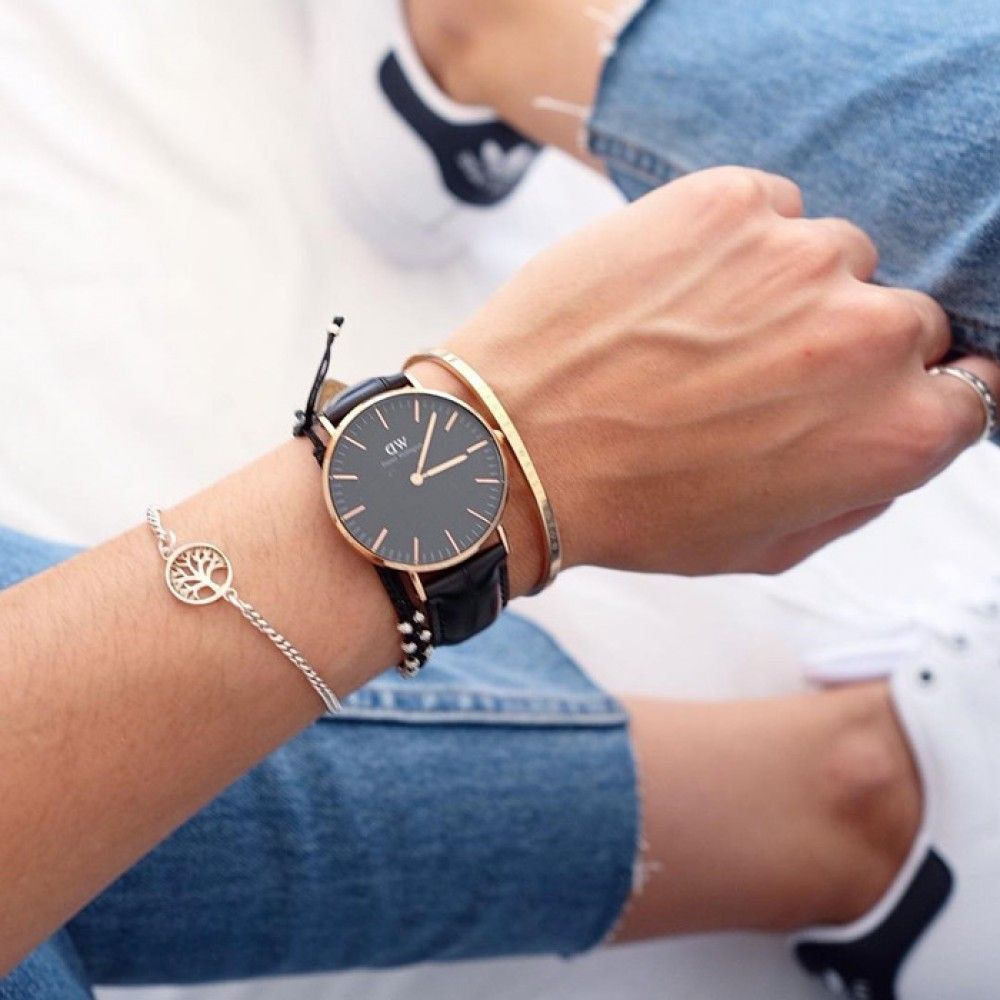Daniel Wellington Classic Petite Uhr Und Goldene Armbander Von Makaro Jewelry Goldenes Armband Daniel Wellington Armband