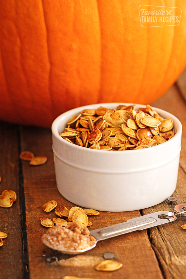 Sweet and Spicy Roasted Pumpkin Seeds | Favorite Family Recipes #pumpkinseedsrecipebaked Sweet and Spicy Roasted Pumpkin Seeds | Favorite Family Recipes #roastedpumpkinseeds