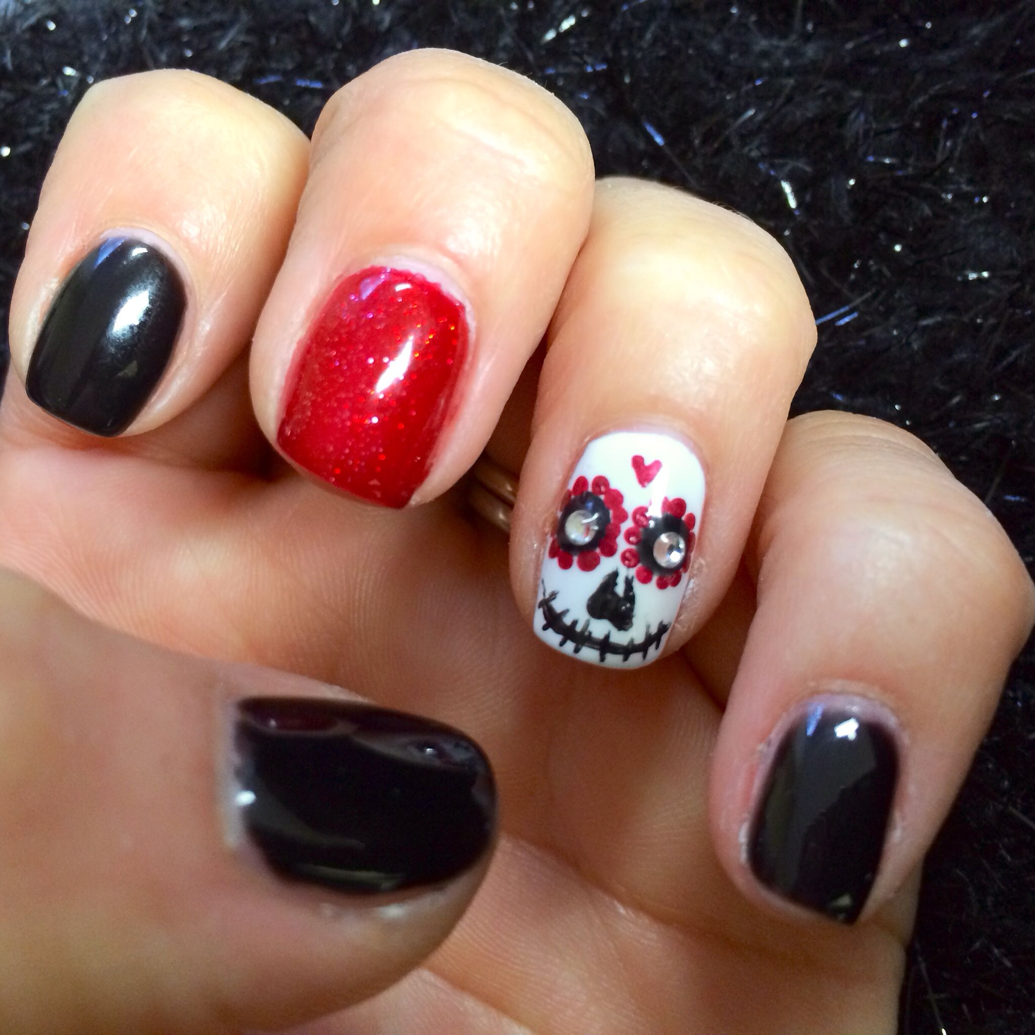 Sugar skull nail design | beauty | Pinterest | Cuidado de la piel ...