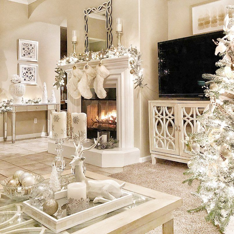 Pin By John Burby On Christmas Deco In 2021 Christmas Decorations Living Room Christmas Decorations Rustic Christmas Living Rooms