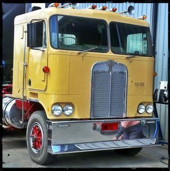 Old Kenworth With Cow Catcher Per Heavy Duty Trucks Rigs