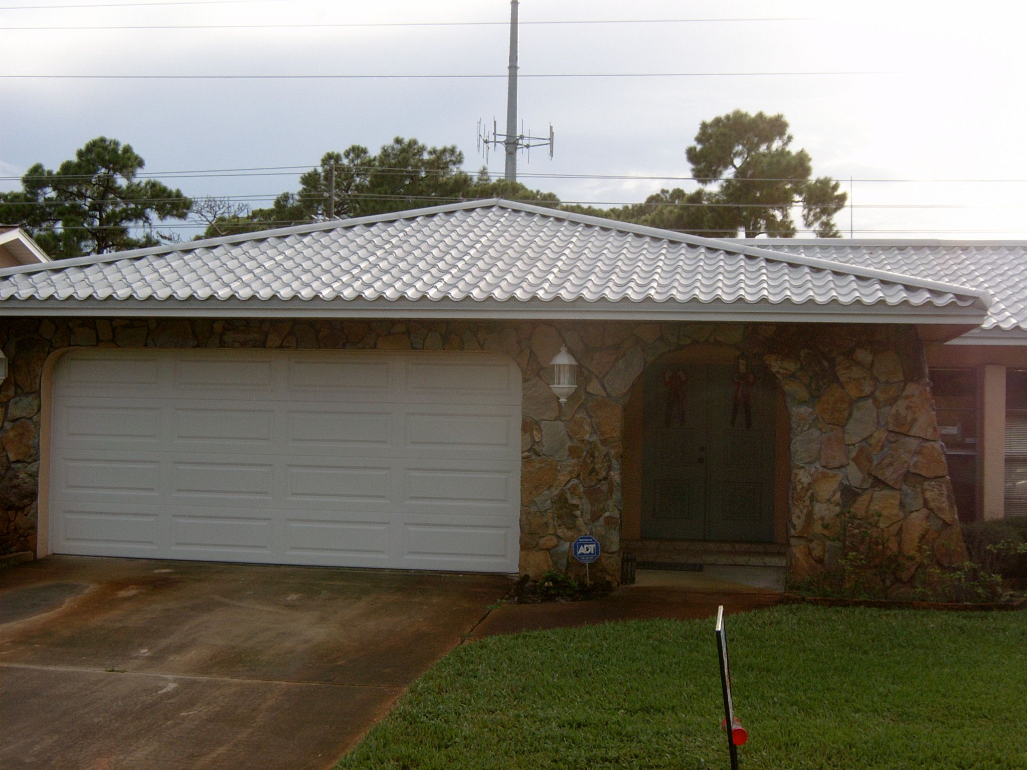 Cooling Costs Too High Metal Shingles Metal Roof Standing Seam