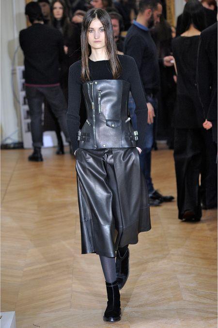 Yang Li Fall 2013 Ready-To-Wear