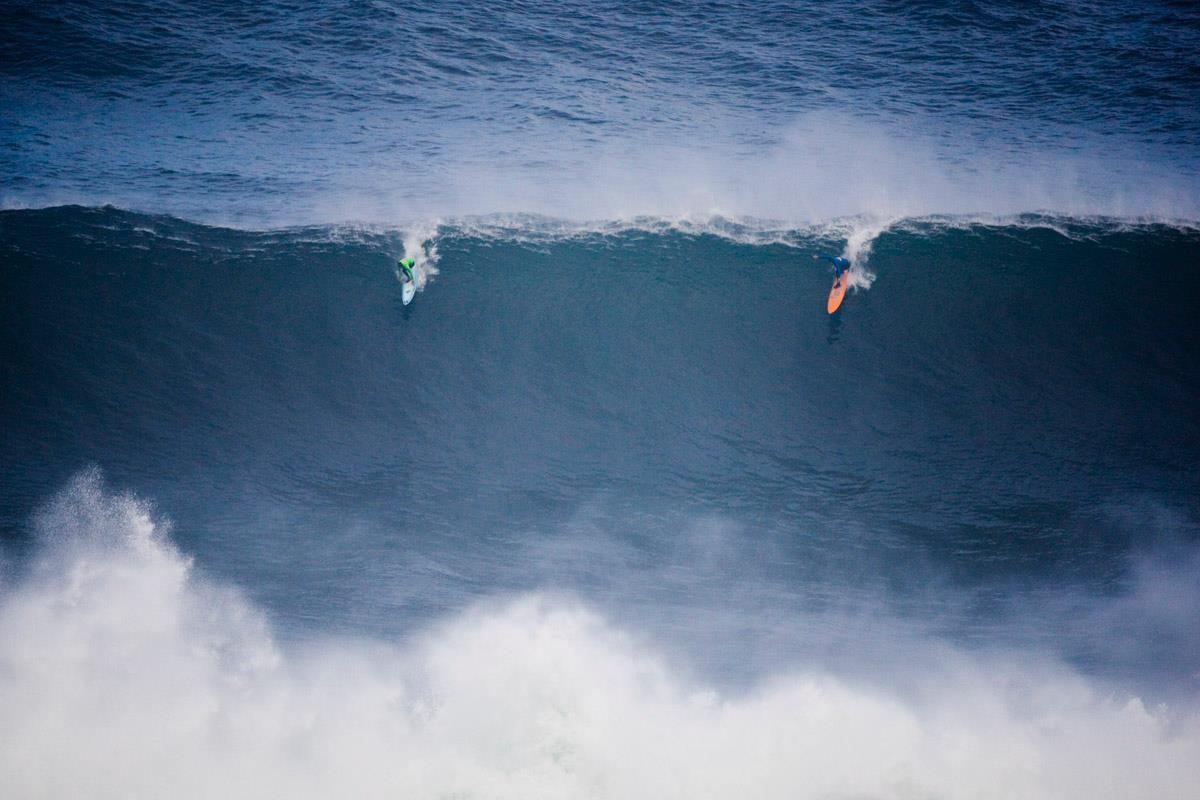 Massive wave!