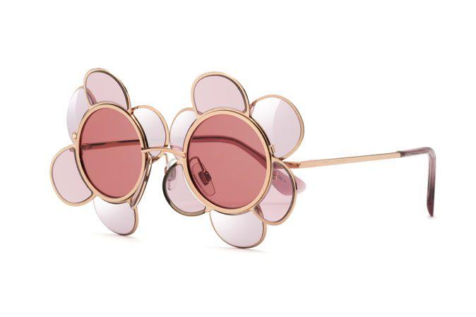 d280f2366533 Rose flower shaped women s sunglasses DG2201 in 2019