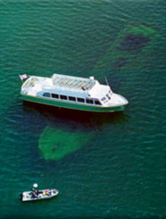 Glass bottom boat tours munising michigan