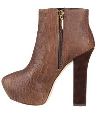 Report Signature Layton Ankle Boots Brown