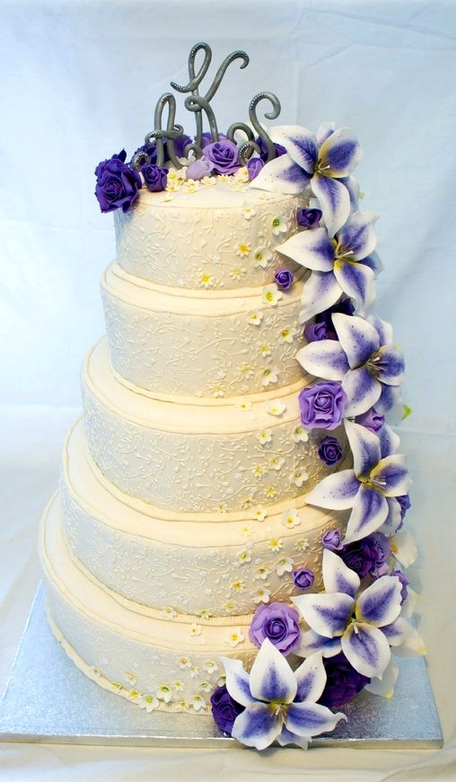 ☆ Wedding cake ☆ a purple touch ;) hehe | Your Wedding Planner ...