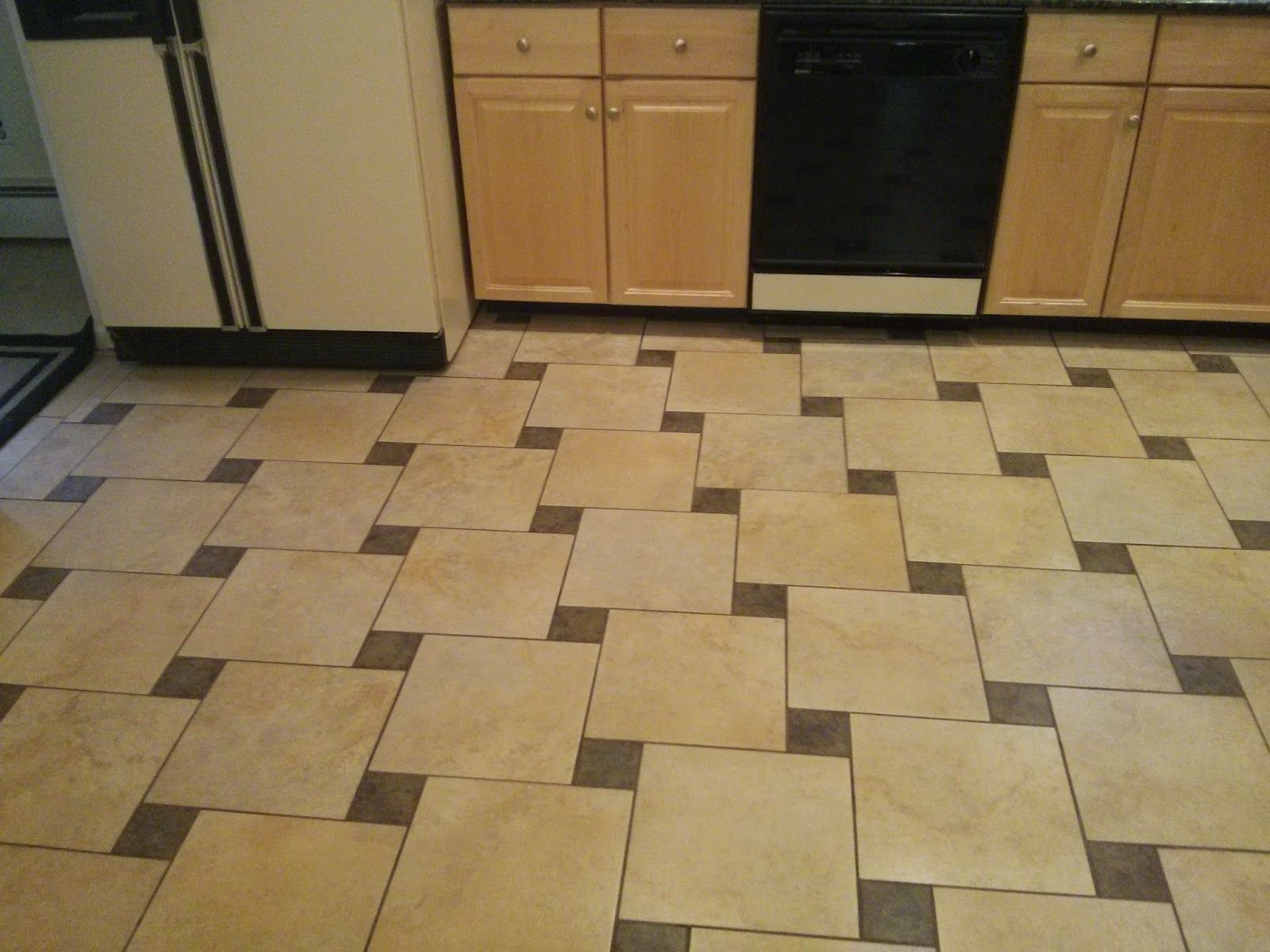 Floor Tile Patterns 12x12 4x4 Google Search Patterned Floor Tiles Tile Floor Tile Patterns