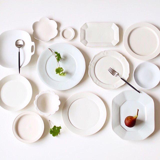 ・ 白の器を集めてみました☺︎ 無地の白い器がたまらなく大好きです♡ ・ 柔らかな白 凛とした白 艶やかな白 マットな白 ・ 白は白でも色んな表情があって楽しい☺️