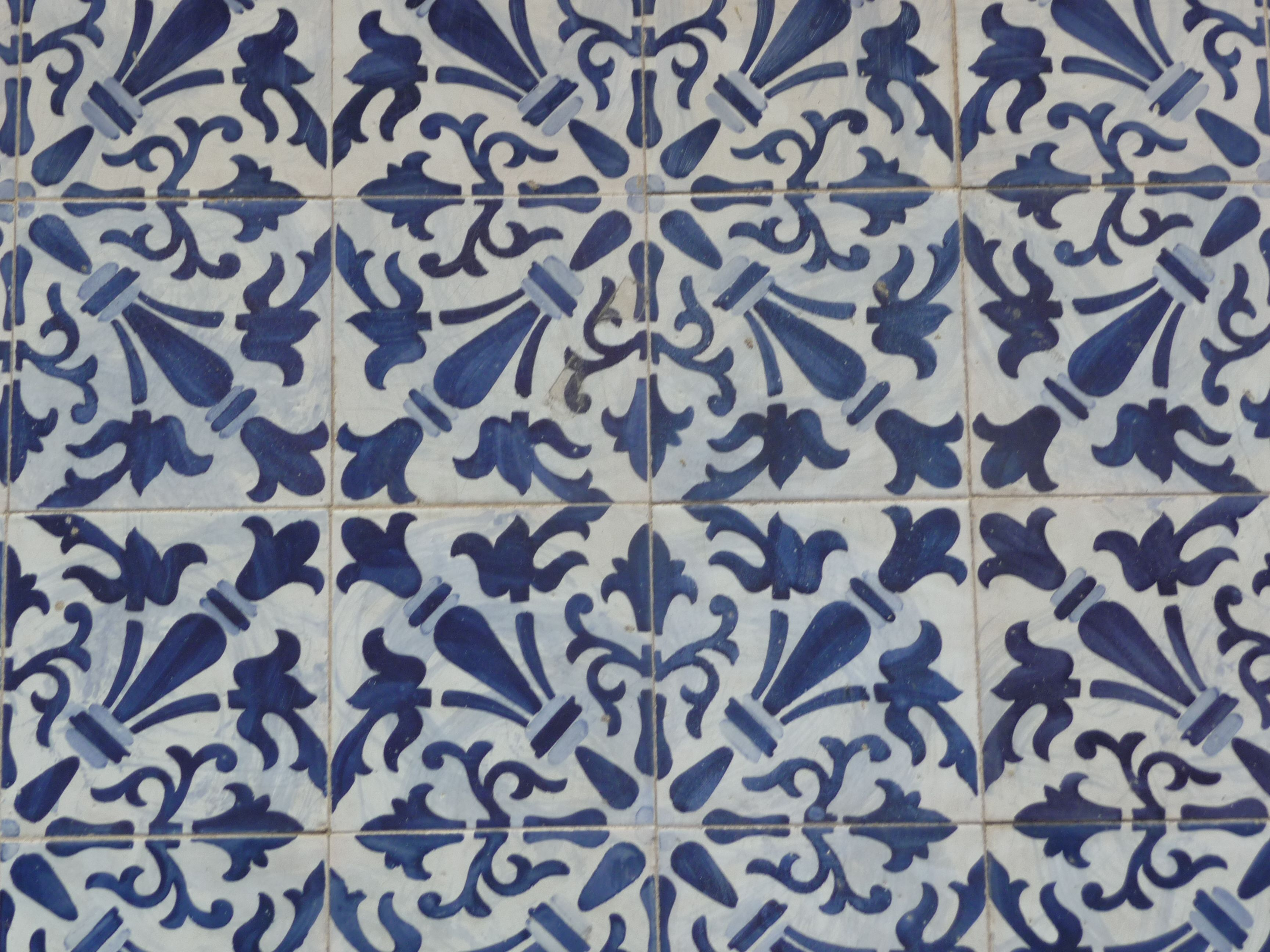 Decorative ceramic tiles \'azulejos\' of Lisbon   g l o b a l ...