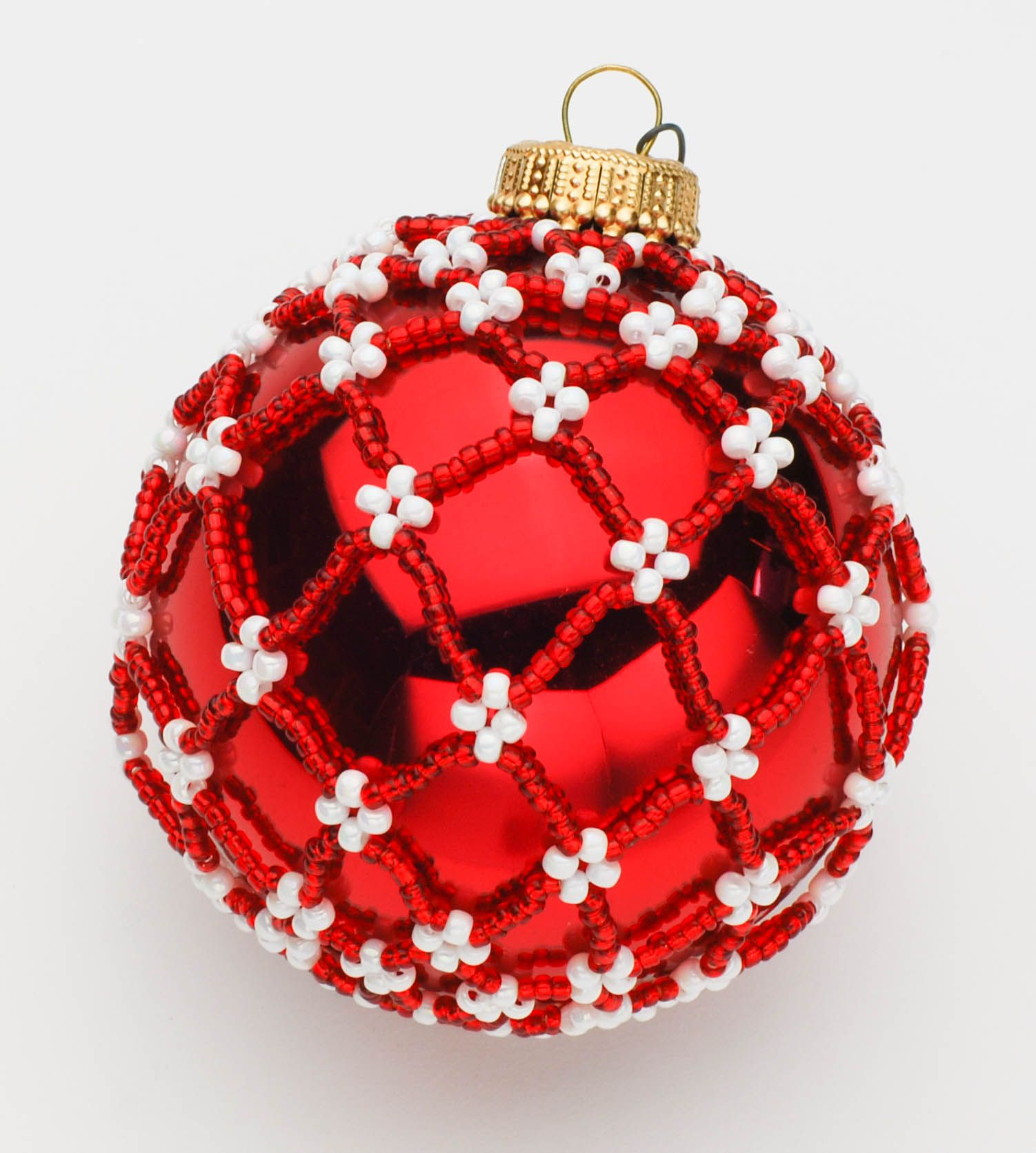 Christmas Ornament Design By Jill Wiseman Beaded Christmas Decorations Christmas Ornament Crafts Beaded Christmas Ornaments
