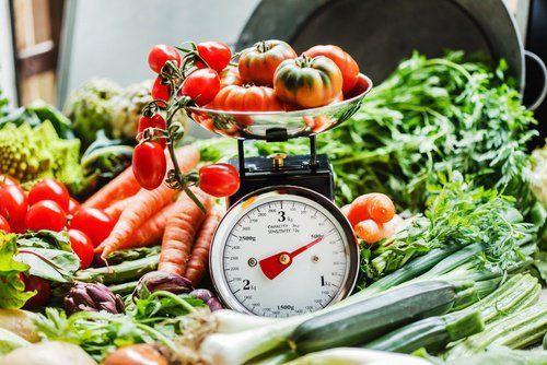 6 trucos para comer sano sin que tus compras se encarezcan