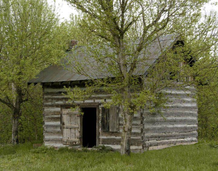 Old Log Cabin Located Near Hammond Mill Ozark County