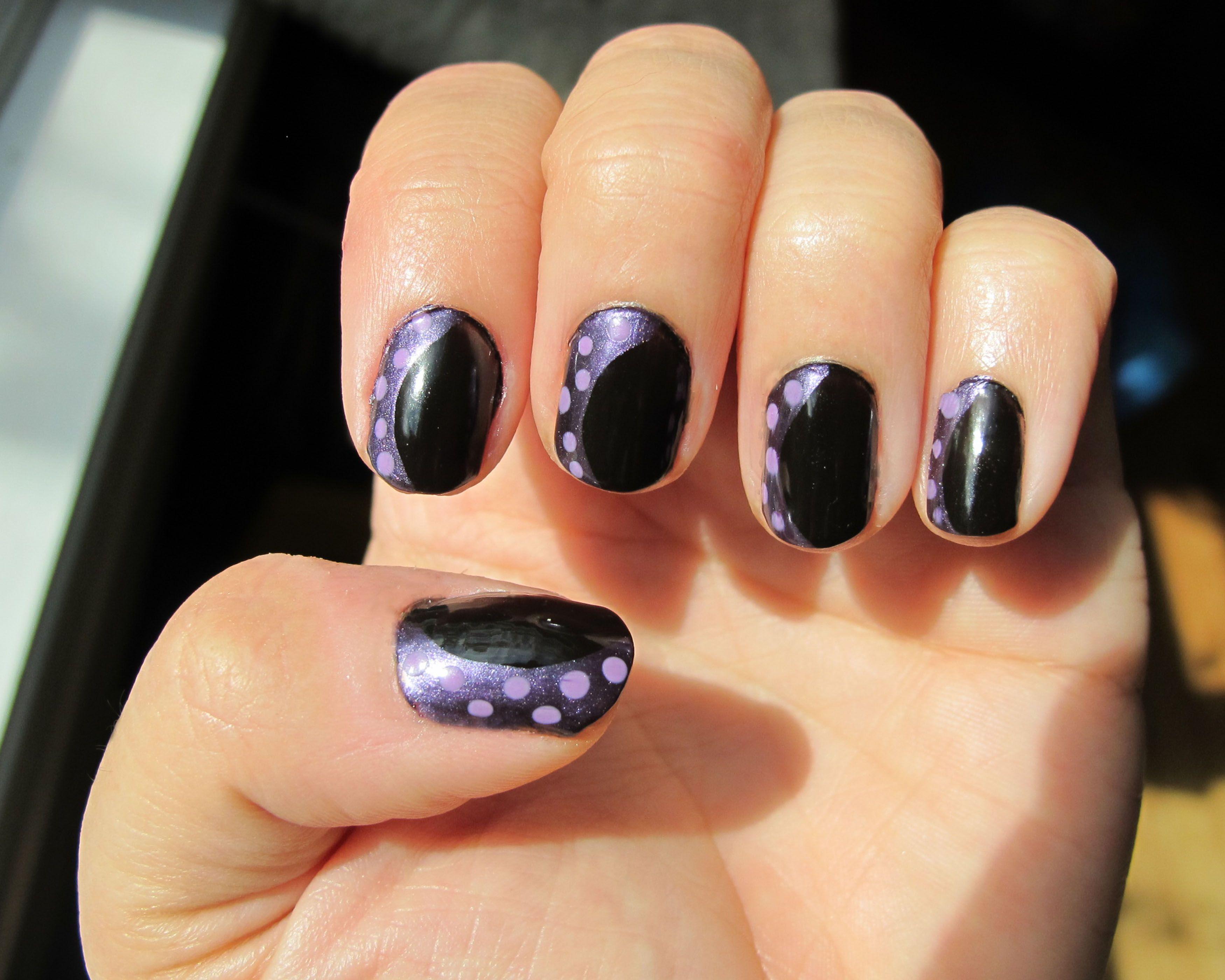 Disney Villain Ursula Manicure. Little Mermaid manicure. great for ...