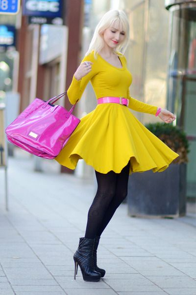 yellow jersey magic - HUE - Pinterest - Hand bags- Belt and Hot pink