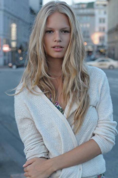 Blond anna Anna Sorokin