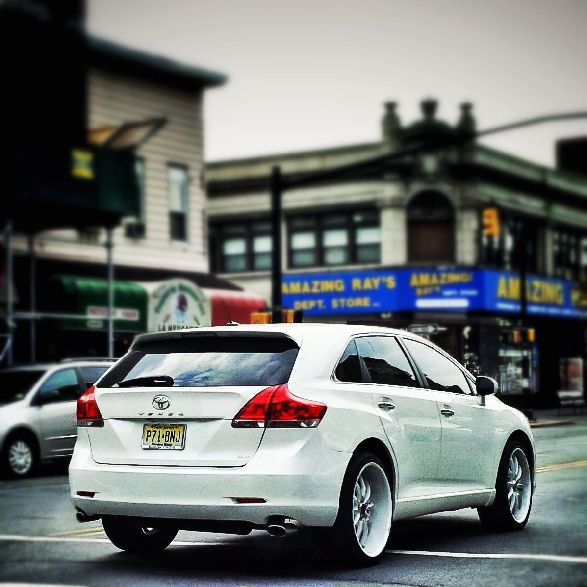 Toyota venza with aftermarket wheels