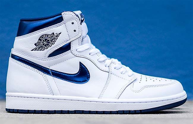 size 40 8bd5b 5db1b NIKE AIR JORDAN 1 RETRO HIGH OG METALLIC NAVY  WHITE   METALLIC NAVY   555088-106