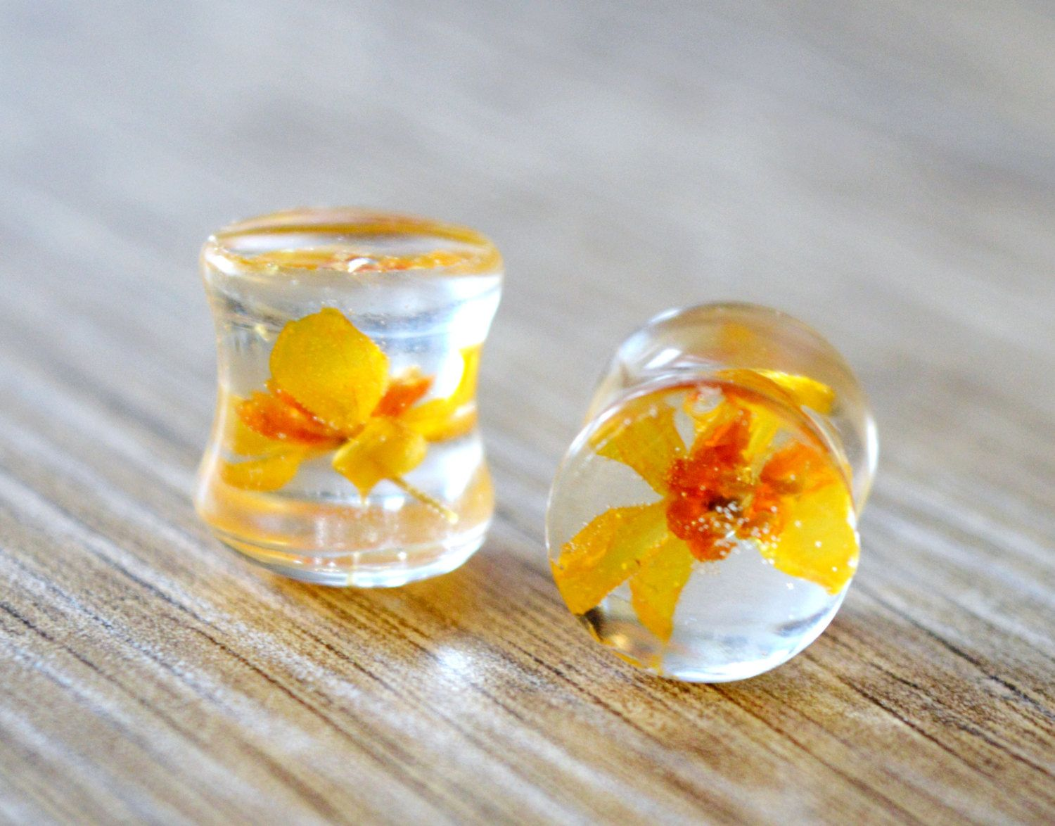 Real 4 Leaf Clover Lucky Leaf Pressed Flower plugs 00g earplugs 10mm real flower plugs floral ear gauges tunnel St Patrick/'s Day resin plugs