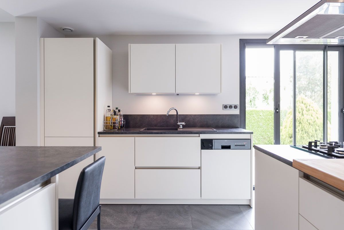 PURE functionality: Clean white lines characterize this modern ...