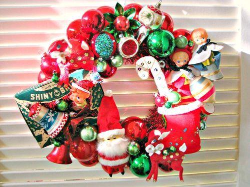 reuse treasures - love this wreath Christmas Vintage Pinterest