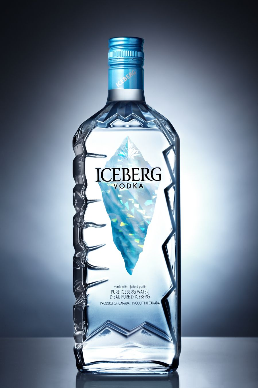 pour produire sa vodka la marque canadiene meyers part chaque printemps p cher des icebergs. Black Bedroom Furniture Sets. Home Design Ideas