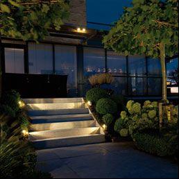 in lite verlichting in je tuin verlichting pinterest
