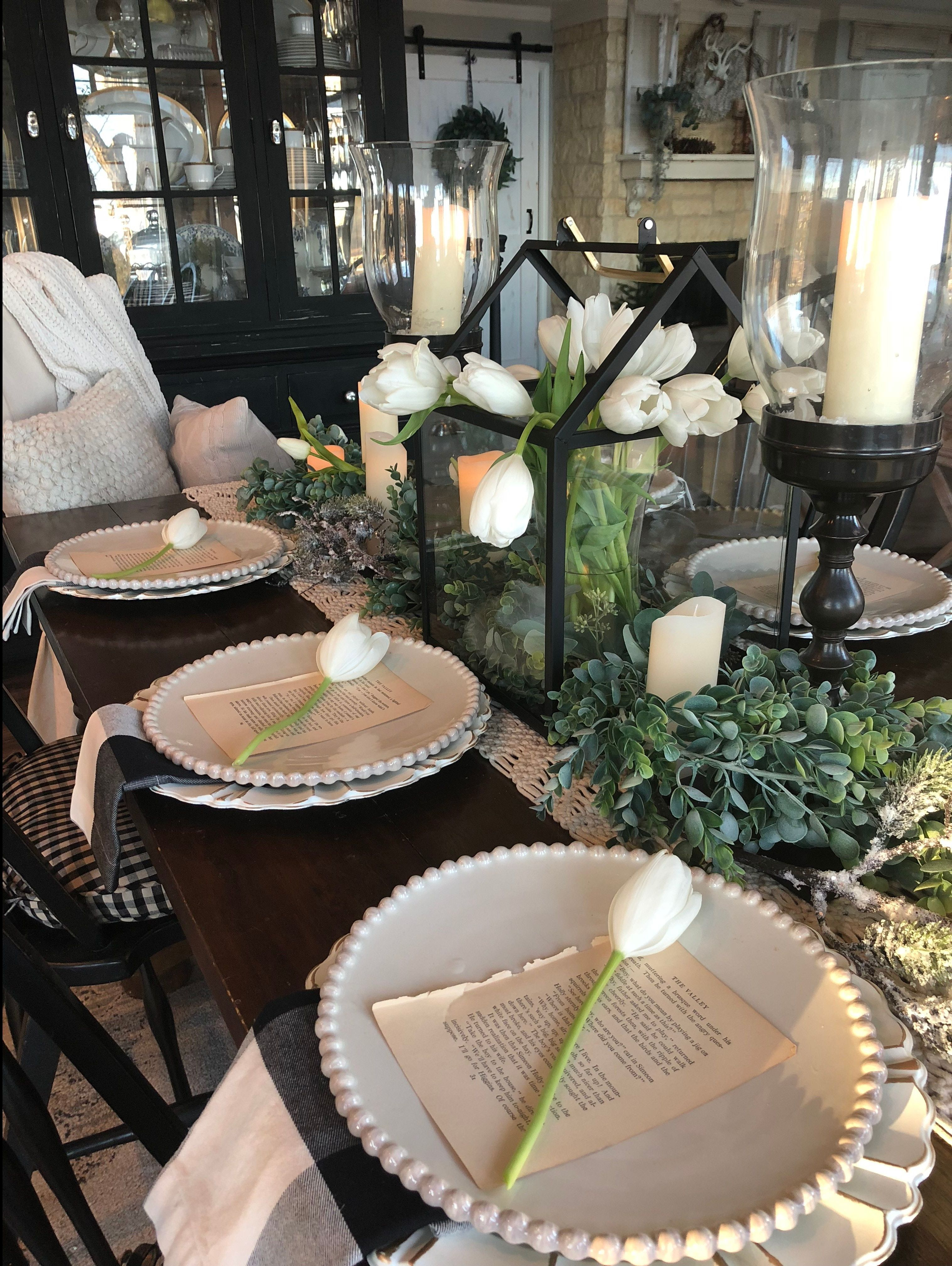2 Colours For A Luxury Dining Room Insplosion Blog Dining Room Table Centerpieces Dining Room Table Decor Dining Room Cozy