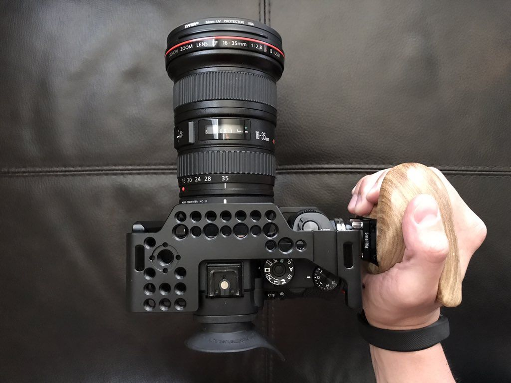 Smallrig Right Side Wooden Grip With Arri Rosette 1941 Smallrig Sony Camera Wooden Camera