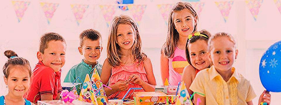 Photo of Kindergeburtstag feiern – Tipps & mehr gibt's hier