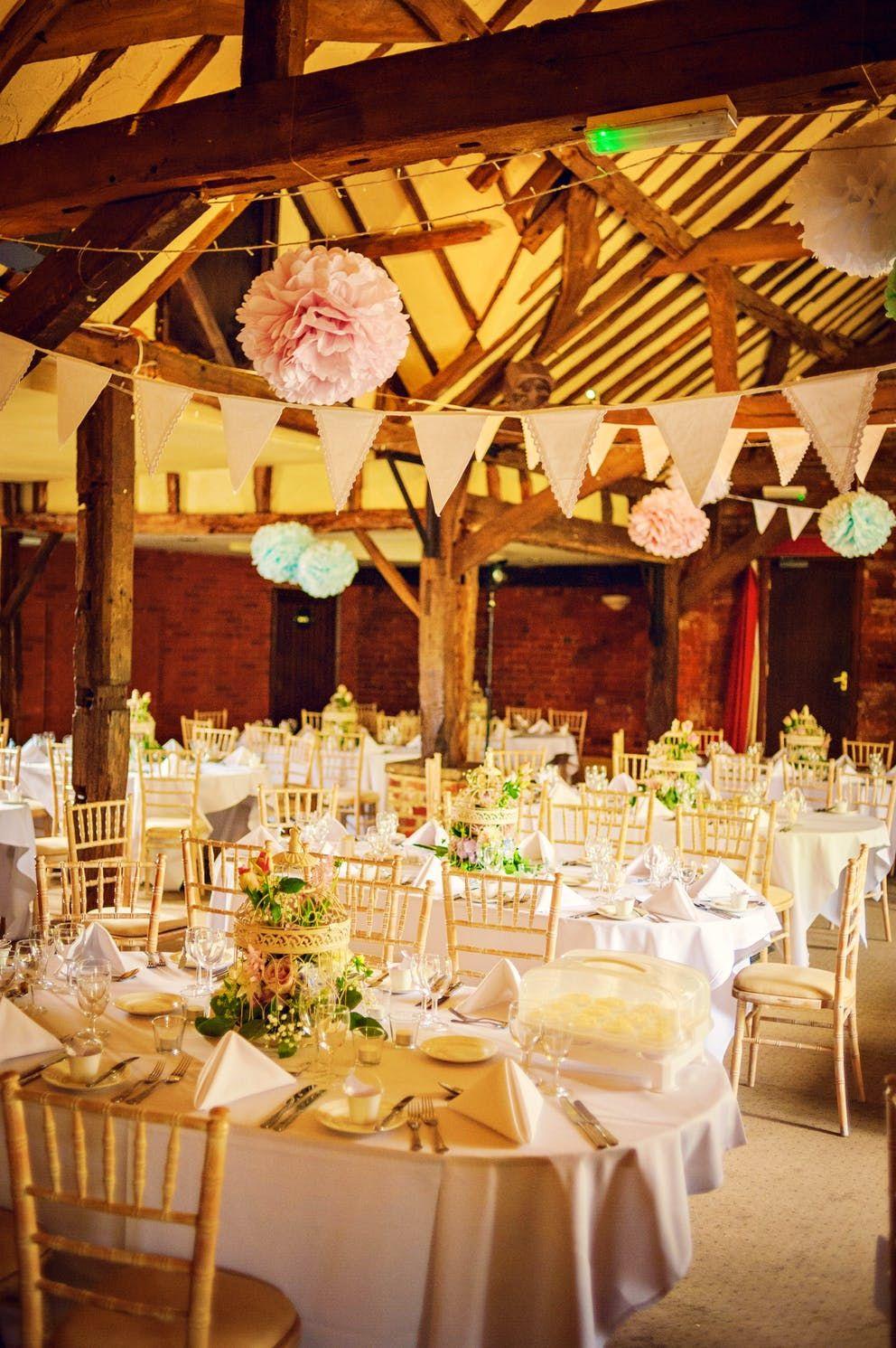 Barn wedding venue near Windsor Barn wedding venue