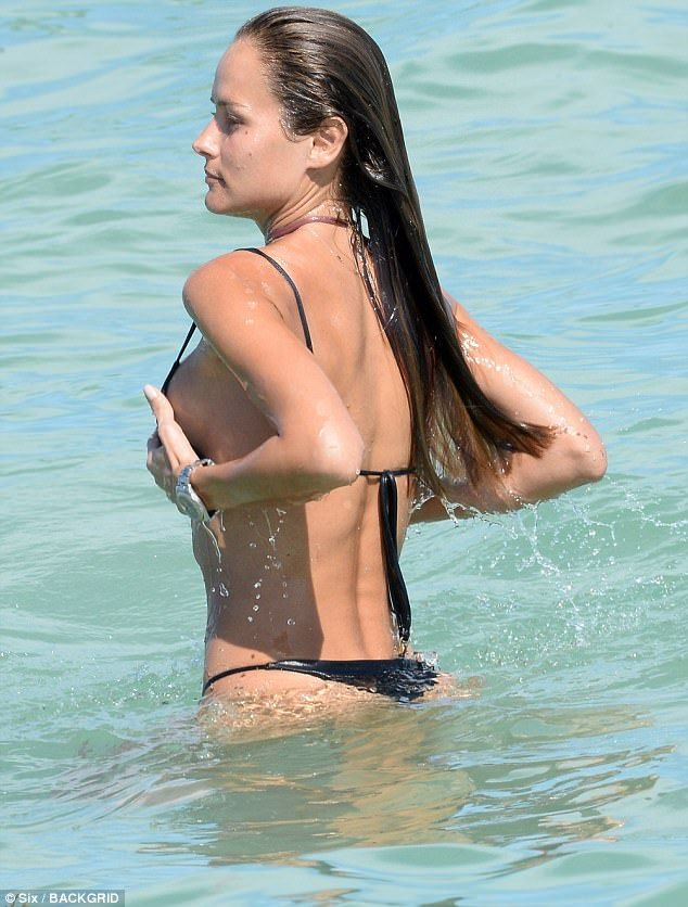 Bikini Off In Cooled OffNatalia A Borges Cooling Black Little qVGSzMpLU