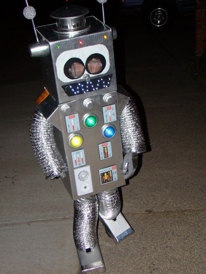 how to make a homemade robot costume