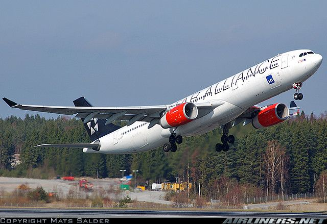 Photos Airbus A330 343 Aircraft Pictures Aircraft Pictures Airbus Scandinavian