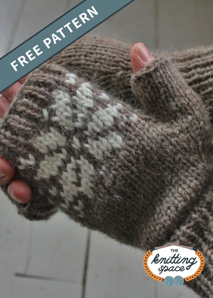 Snow Dear Knitted Fingerless Mitts [FREE Knitting Pattern]