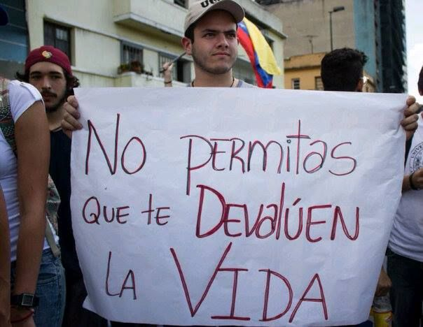 """Protesta 12F Ccs - Venezuela """"en descontento del régimen del presidente Nicolas Maduro""""."""
