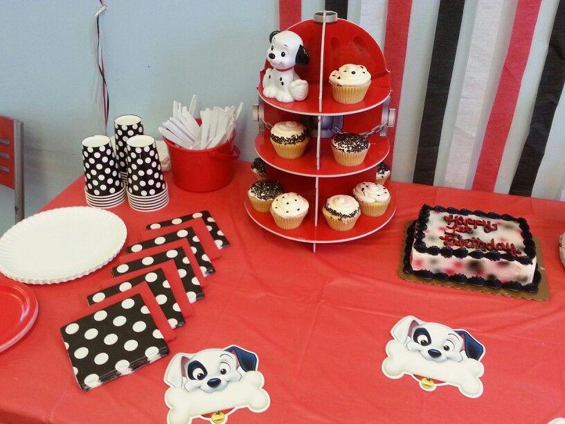 101 Dalmatians Table Decor 1st Birthday Parties Baby 1st Birthday 2nd Birthday Parties