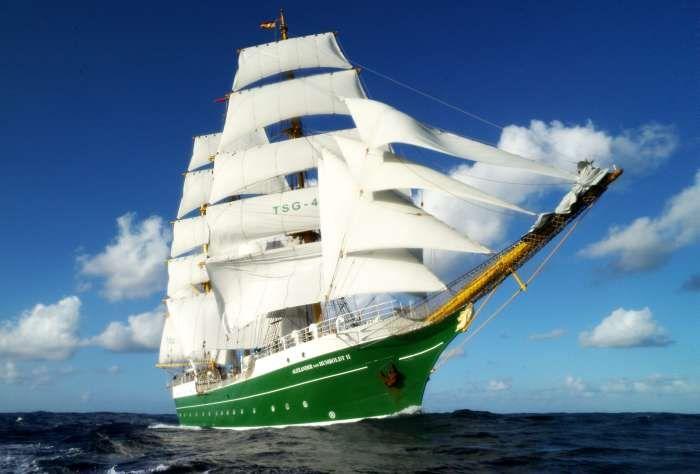 "The new ""Alexander vonHumbolt II"", 2011, with white sails! Still love the green hull."